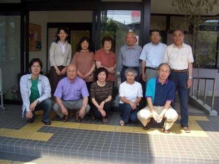 2007年5月から6月の共想法参加者との記念撮影